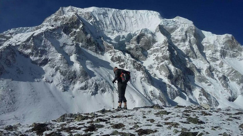 Everest high pass trekking / Hiking